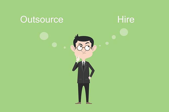social media: hire our outsource